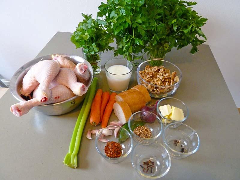 Tscherkessisches-Huhn-Zutaten