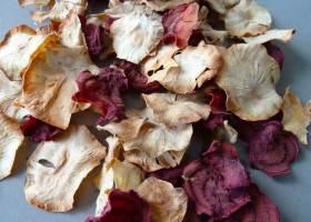 Knusprige Chips aus Topinambur und Rote Bete