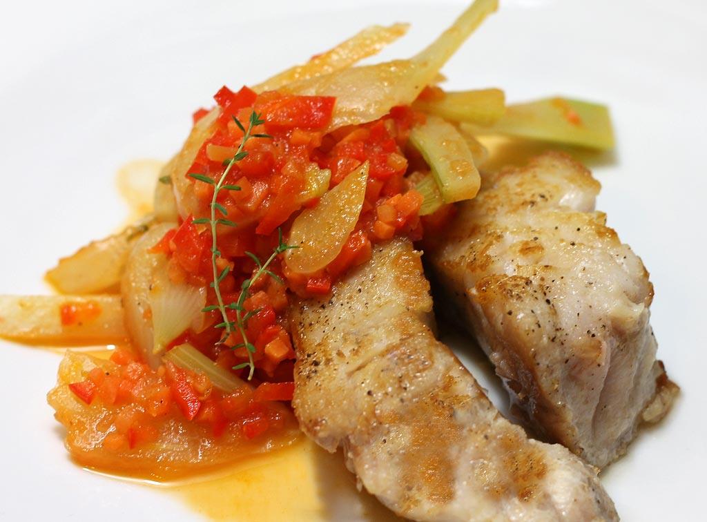 Gemuese und Fisch-mit-Orangen-Aroma
