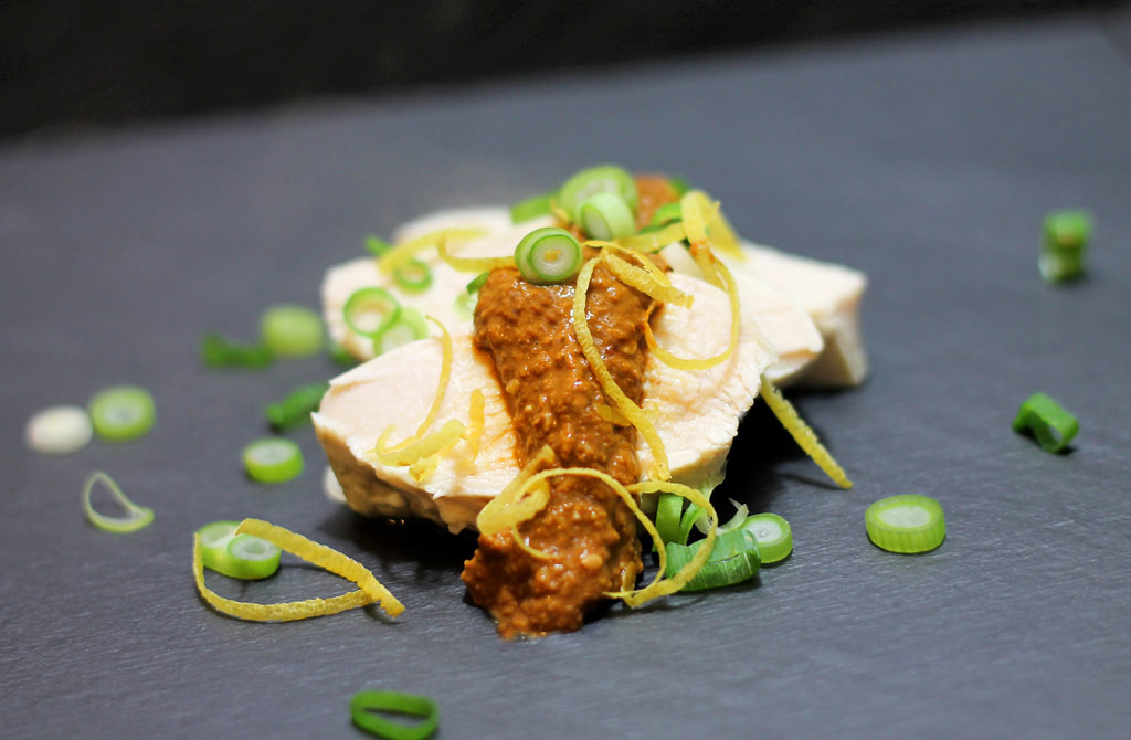 Huhn-mit-Sesamsosse