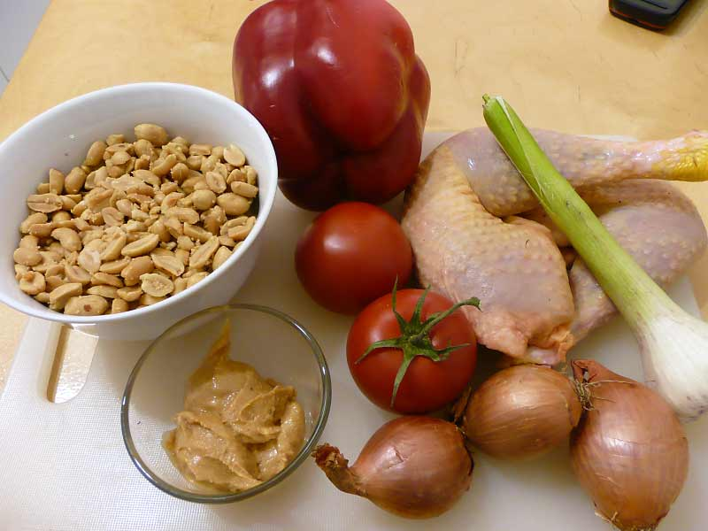 Hühnchen-in-Erdnuss-Soße-Zutaten