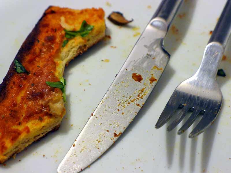 Low-Carb-Pizzateig-aufgegessen