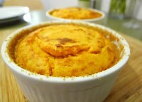 Kürbis-Soufflé mit Kartoffel und Parmesan