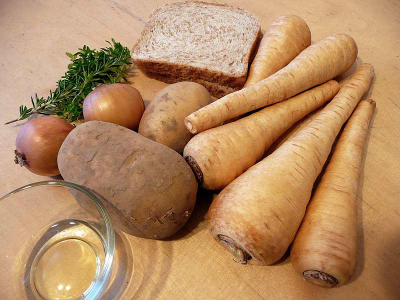 Kartoffel-Pastinaken-Suppe-Zutaten2