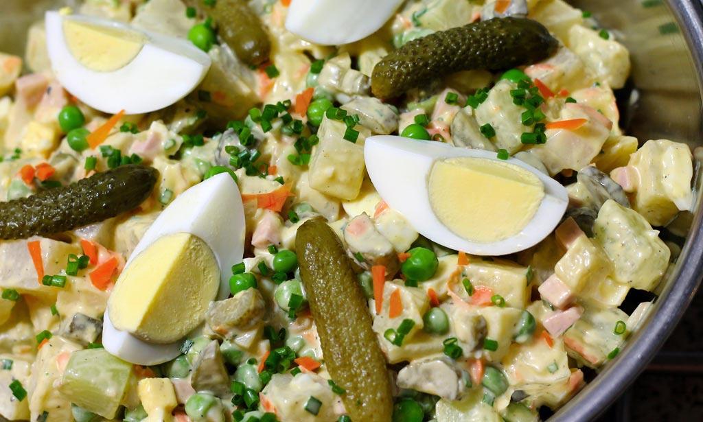 Kohlrabisalat-als-Kartoffelsalat-Alternative2